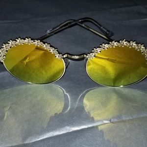 Accessories - SUMMER GLASSES